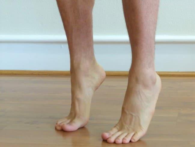 تمرین برای کف پای صاف
