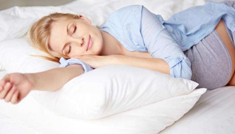 خوابیدن در زمان بارداری