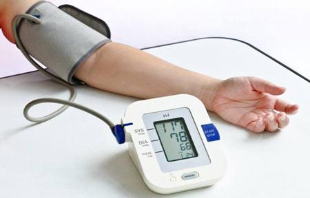 اندازه گیری فشار خون نرمال